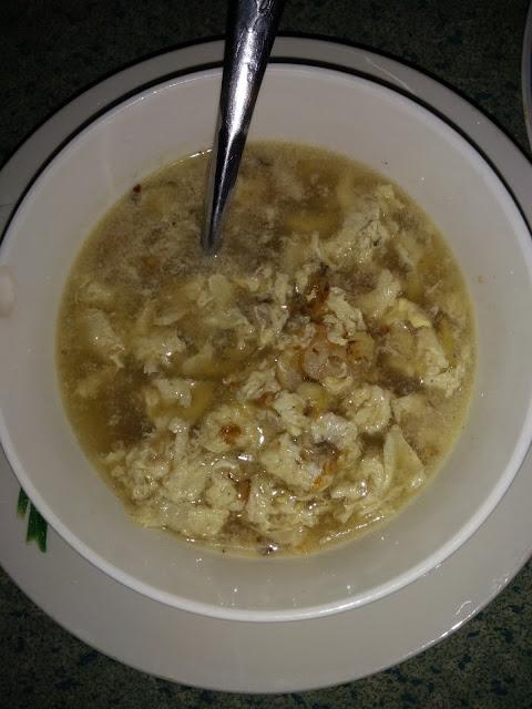 Sup Telur Simple Sesuai Untuk Menu Sahur Anda