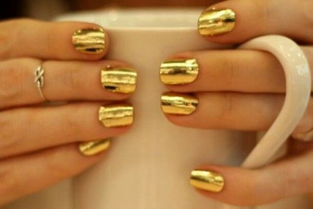Gold metallic nail art