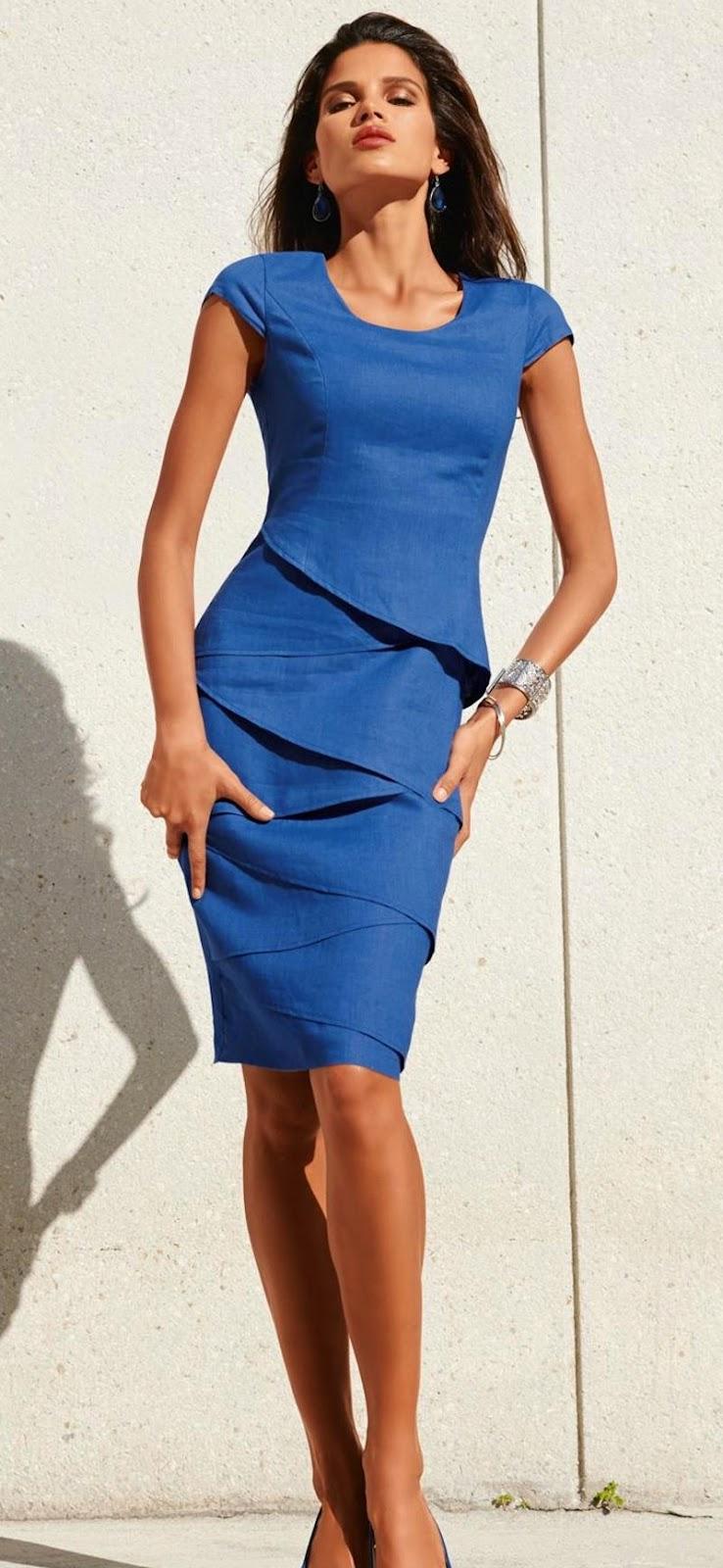 MADELEINE LINEN DRESS IN BLUE