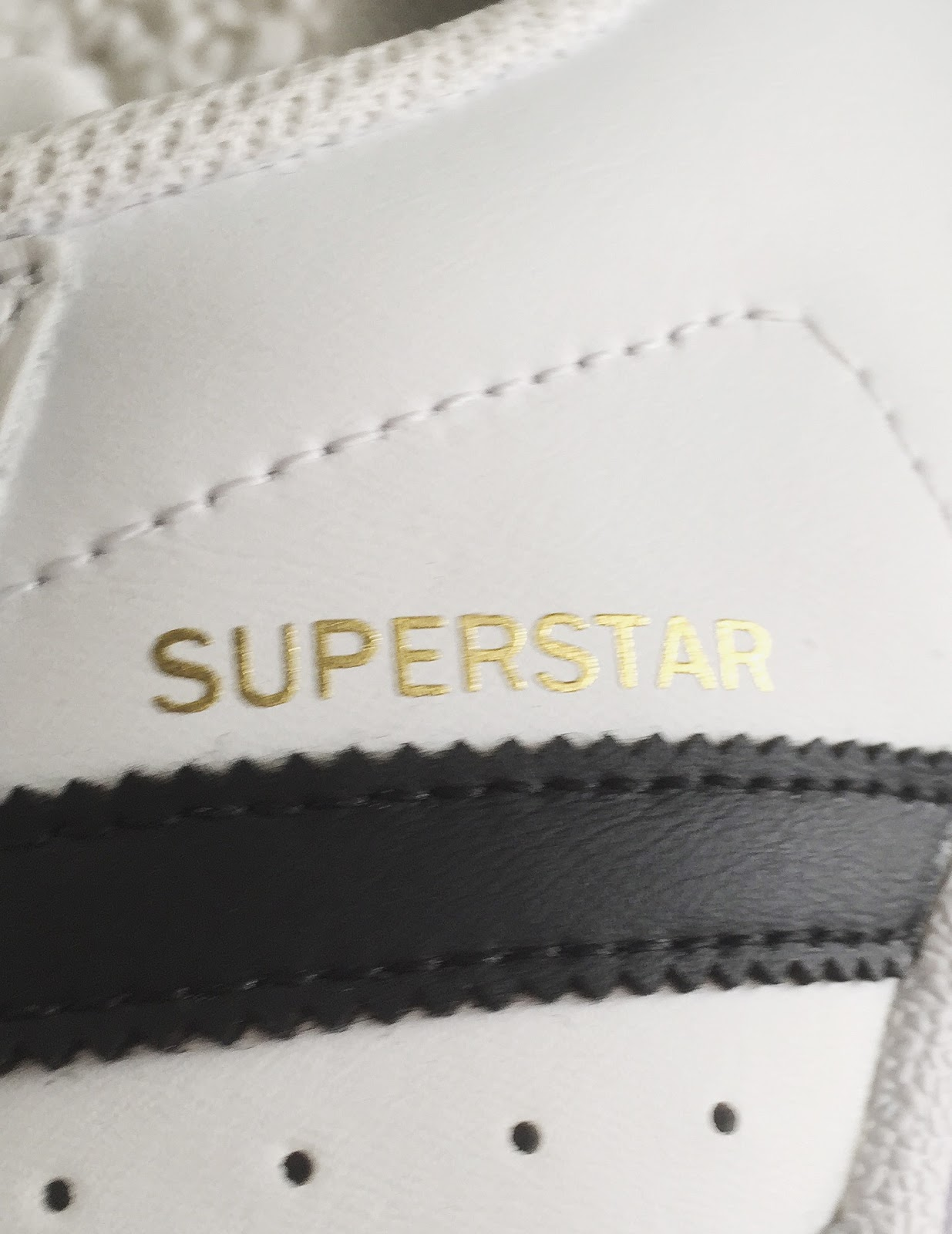 Real Vs Fake Adidas Superstar Stan Smith