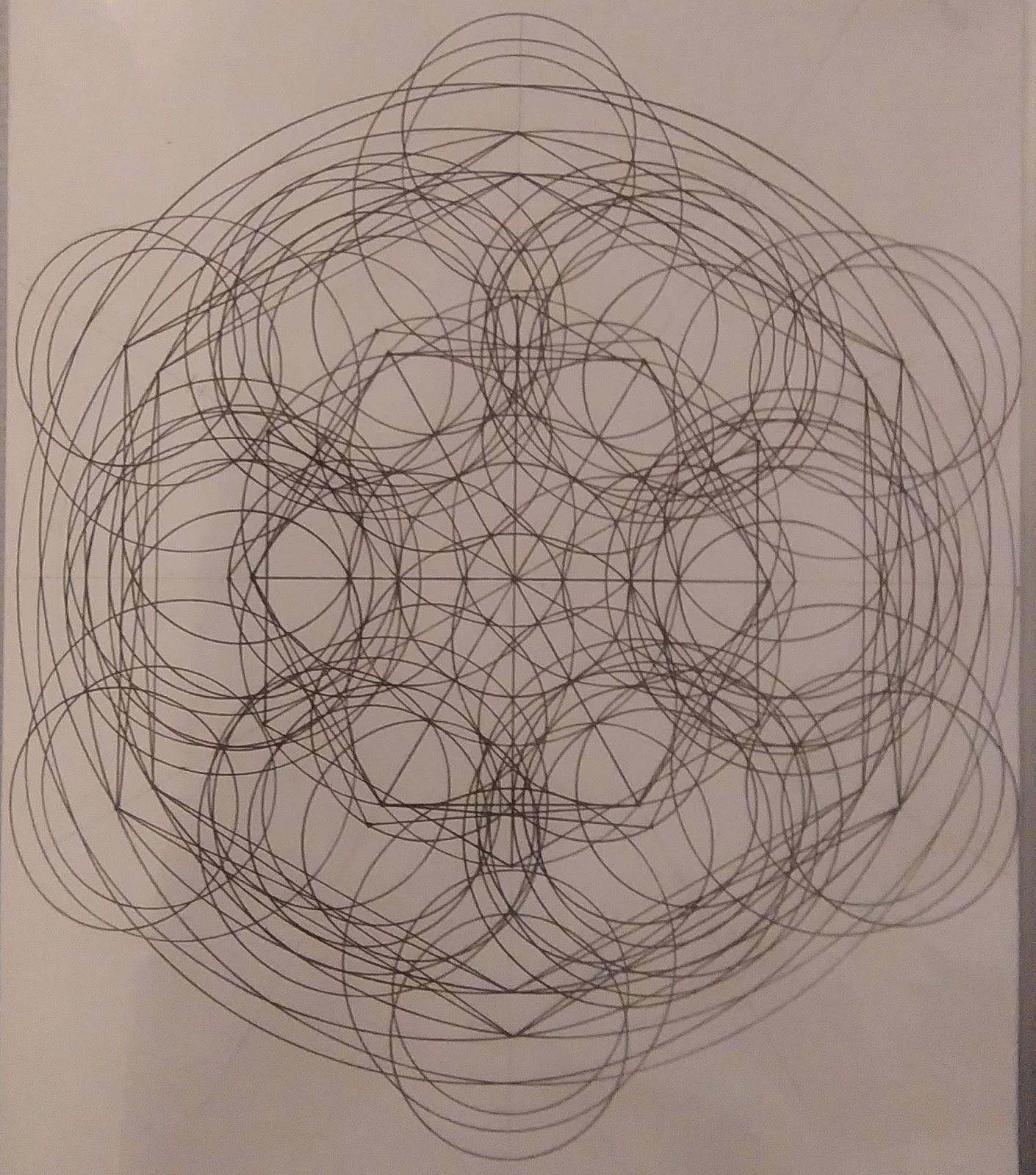 [SPOLYK] - Geometries & sketches - Page 6 47688835_1103195673200449_4913562772693843968_o