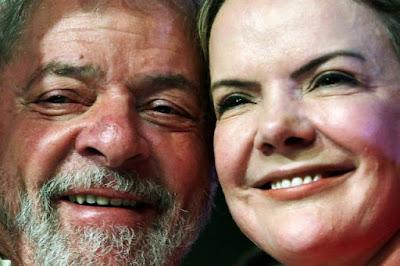 Pensando no próprio futuro, Lula tenta encorajar Gleisi