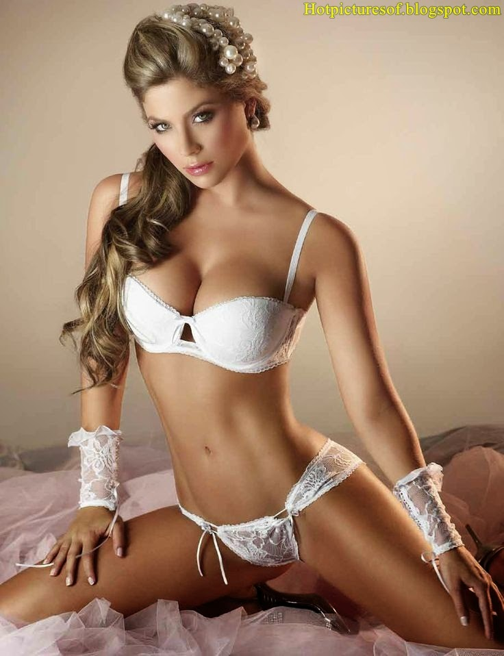 Hot Pictures of Hot Girls15