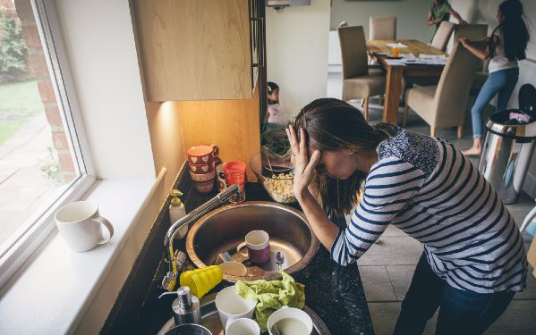 Being Mom Is The Equivalent Of 2.5 Jobs At Full Time, According To A New Study