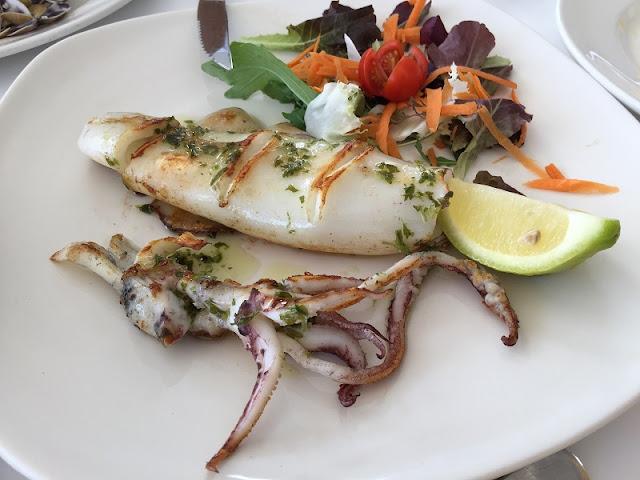 Calamar a la plancha del restaurante Ca´l Deu