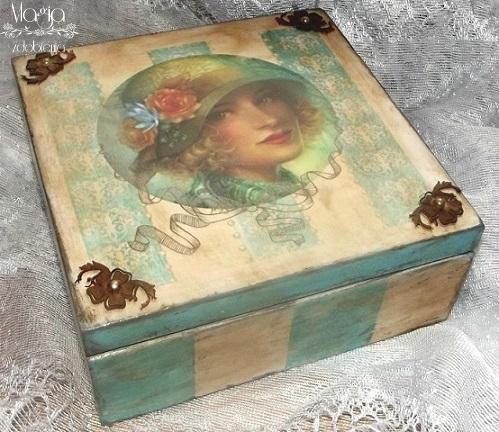 146. Pudełko vintage