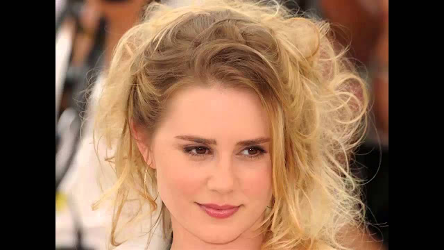 Best Alison Lohman Hot Images and HD Wallpapers