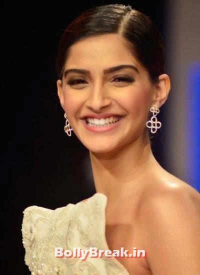 sonam kapoor smiling in - photo #49