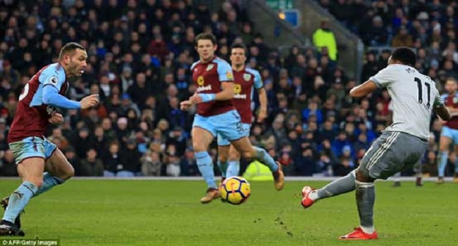 cuplikan gol burnley vs manchester united 0-1