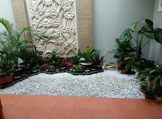 Relief dengan taman kering