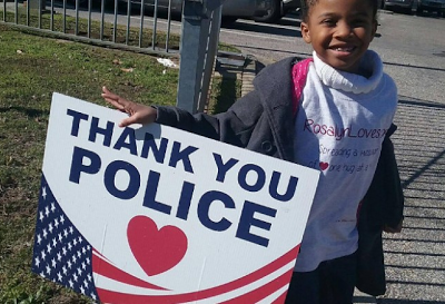 Meet Rosalyn Baldwin: The 7-year-old girl on a mission to hug police officers in all 50 US states