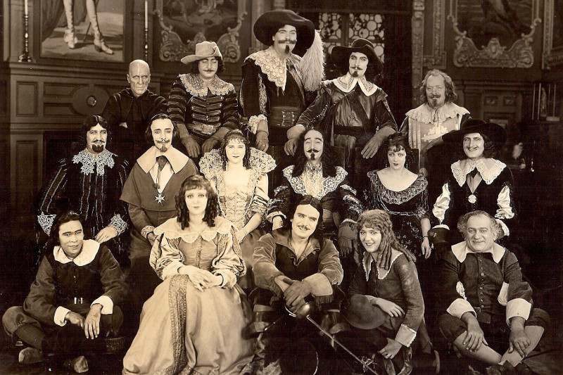 Group photo from the 1921 film adaptation of The Three Musketeers by Alexandre Dumas | Lydia Sanders #TwistyMustacheReviews