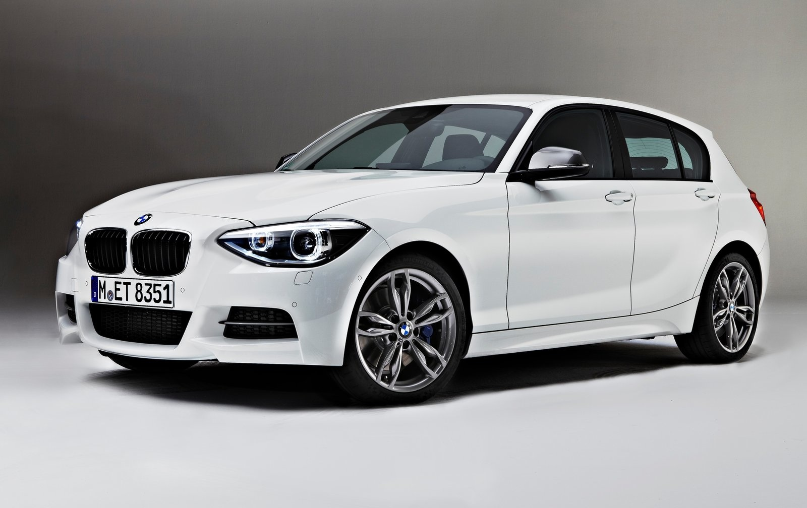 rasecars 2013 bmw m135i white. Black Bedroom Furniture Sets. Home Design Ideas