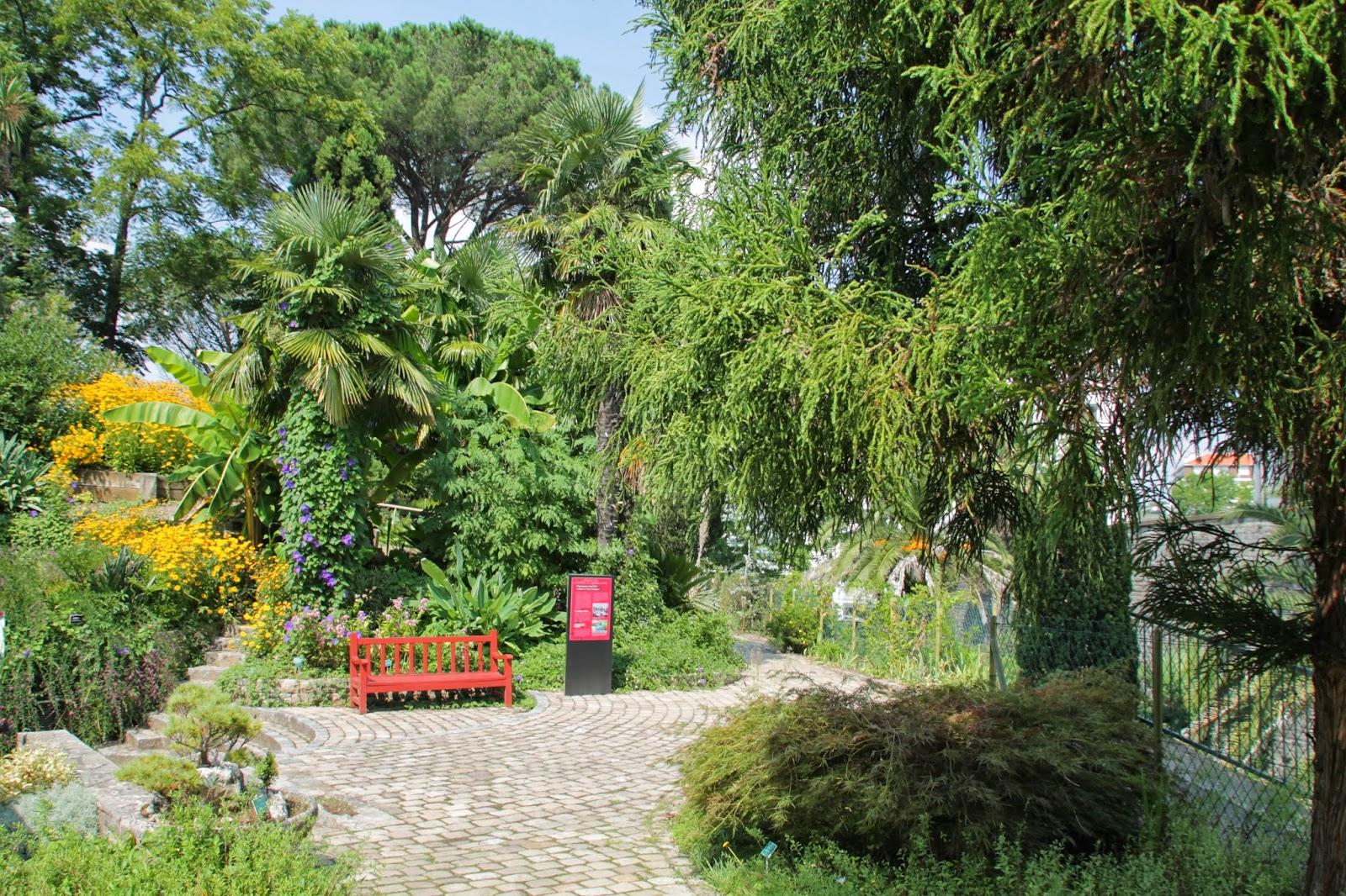le jardin botanique de bayonne france. Black Bedroom Furniture Sets. Home Design Ideas