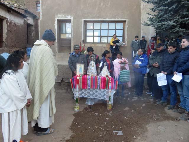 Gottesdienst in einer Mine in den Bergen Boliviens