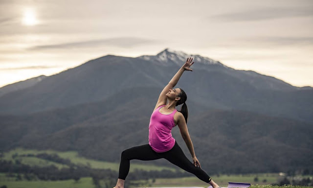 Tìm kiếm sự tĩnh lặng trong tâm hồn là tìm đến Yoga, tại sao vậy ?