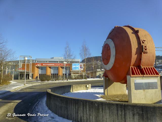 Museo Noruego de Ciencia y Tecnología, Akerselva - Oslo, por El Guisante Verde Project