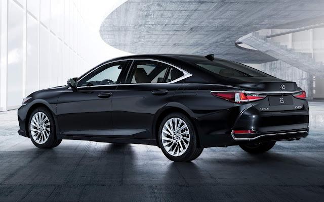 Novo Lexus ES 2019