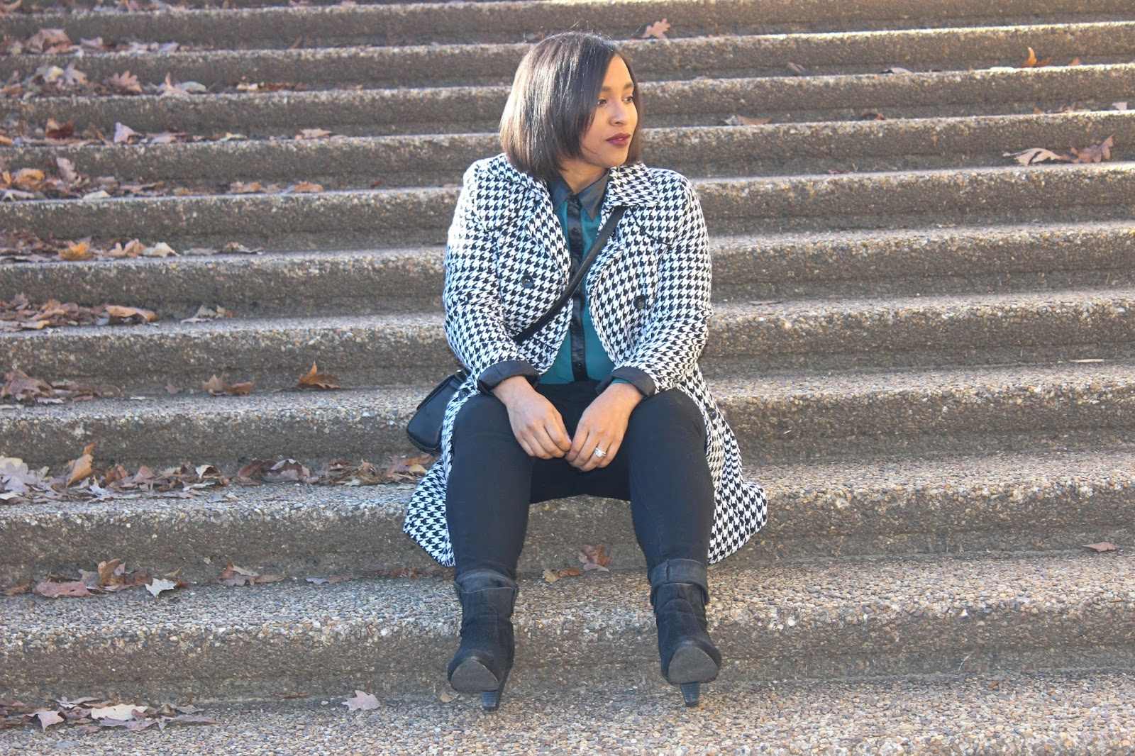 houndstooth print, houndstooth coat, winter coat, satchel purse, booties, fall boots, black and white, printed coat, black, style blog, blogger, fall outfit