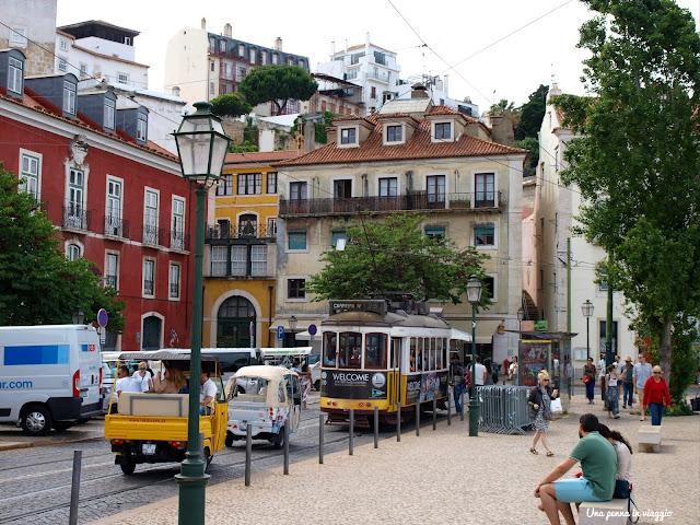 Tram 28 Lisbona foto