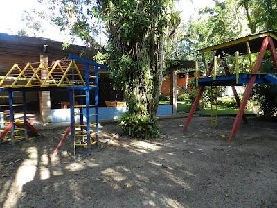 Playground próximo a área do camping