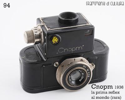 La prima fotocamera 35 mm reflex