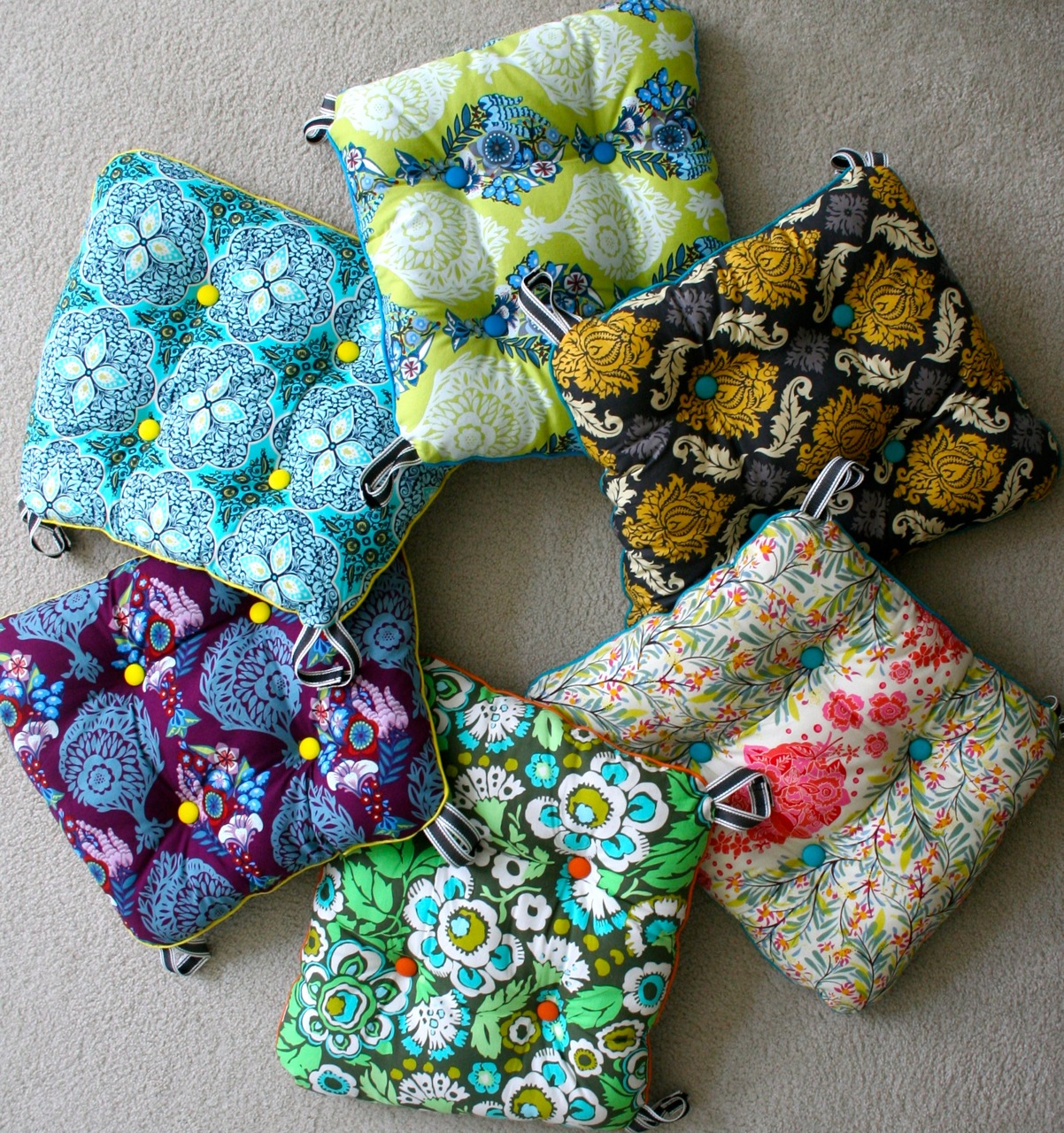 Mmmcrafts Six Cushions Only Took Ten Years Now You Make Some