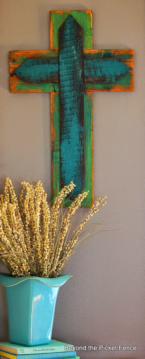 cross, Easter, reclaimed wood, paint, spring, decor, Beyond The Picket Fence, http://bec4-beyondthepicketfence.blogspot.com/2015/02/spring-ideas-are-you-ready.html