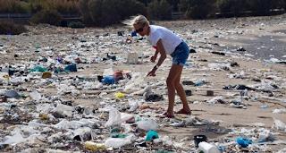 Εφιάλτης: Ένας πλαστικά πλασμένος κόσμος απειλεί την Ελλάδα