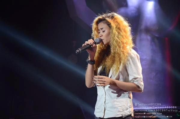 VIDEO: Rosalyn Navarro sings 'Get Here' on 'The Voice PH' Blind Auditions