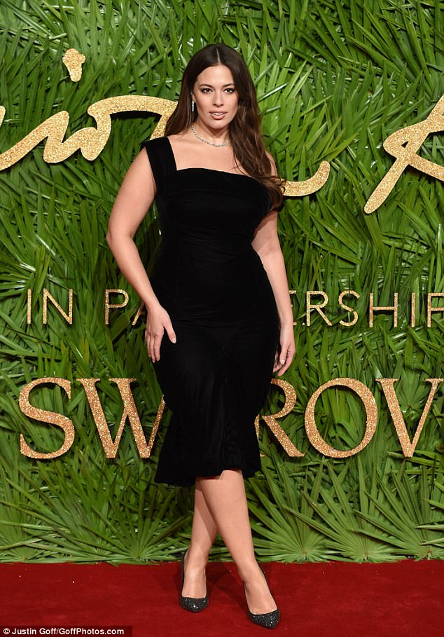 Ashley Graham oozes glamour at the 2017 Fashion Awards