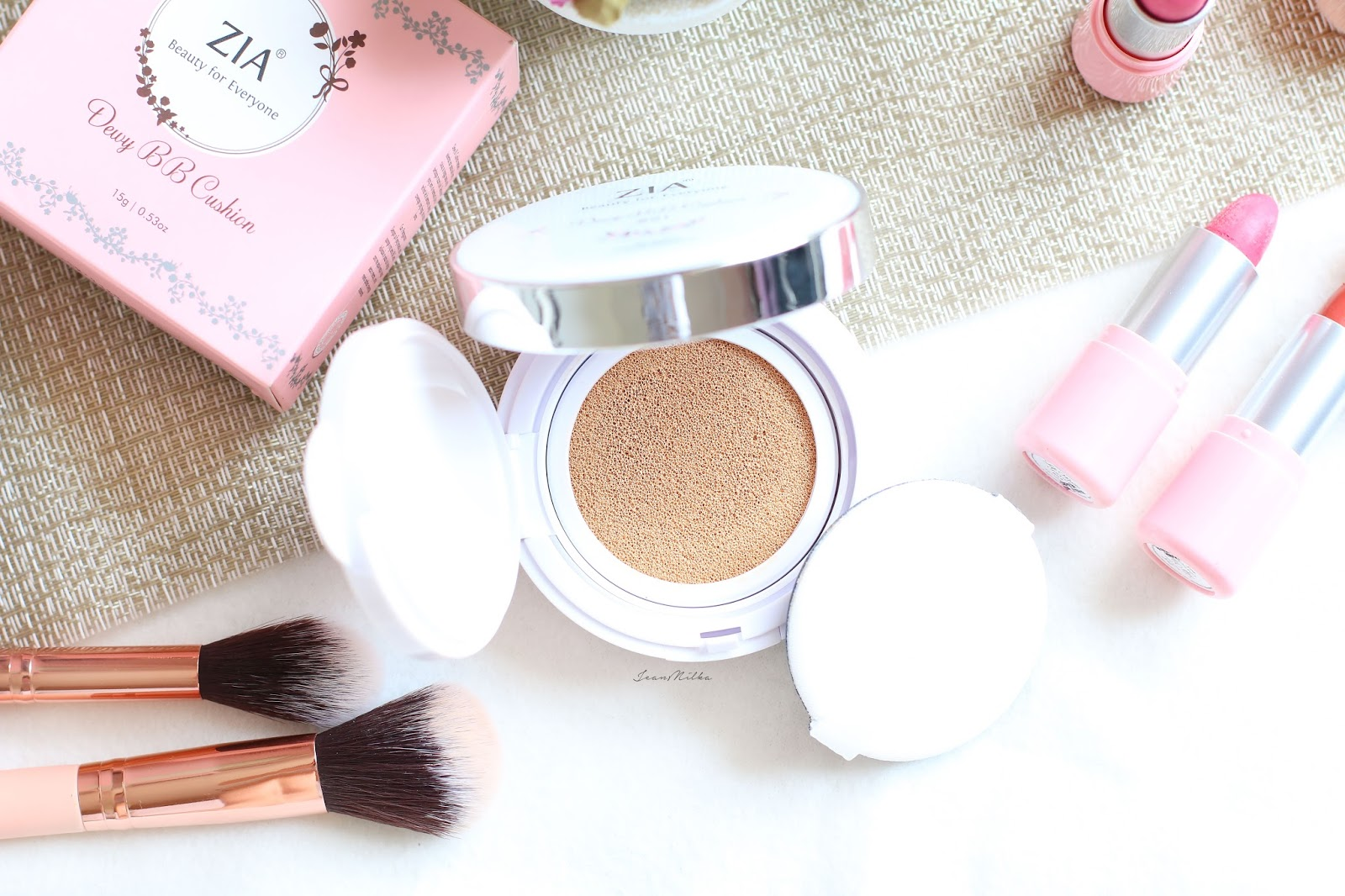 zia, zia skincare, makeup, beauty, produk indonesia, makeup indonesia, produk lokal, review, cushion, bb cushion