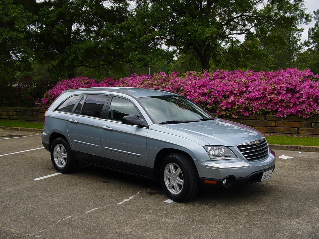 things i think i think 2004 chrysler pacifica. Black Bedroom Furniture Sets. Home Design Ideas