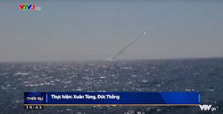 Kapal Selam Kilo AL Vietnam Luncurkan Rudal Klub-S