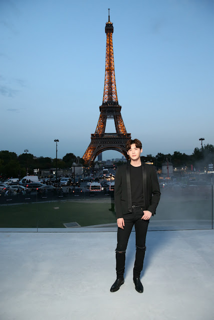 Lee Jong Suk Paris Fashion Week