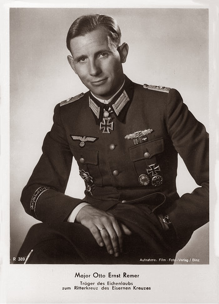 Otto Ernst Remer Ritterkreuzträger Knight Cross Holder Postcard