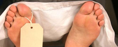 10 funções corporais que continuam mesmo depois da morte - Eliminação de fezes