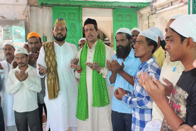 Ajmer, Vinod Khanna, Vinod Khanna Death, Vinod Khanna Passes Away, Vinod Khanna Died, Khwaja gareeb nawaj, Ajmer Dargah