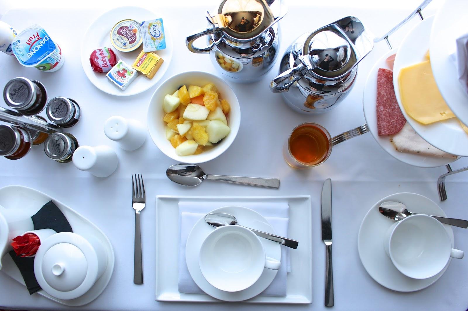 Hotel Dukes' Palace room service breakfast