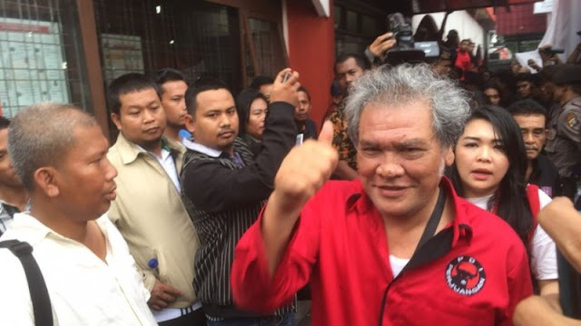 Sesak Napas Saat Antar Djarot ke KPU, Ketua PDI-P Sumut Dilarikan ke RS