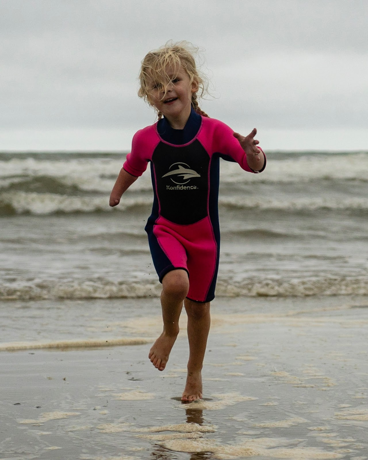 wetsuits for kids, childrens wetsuits, konfidence swimwear