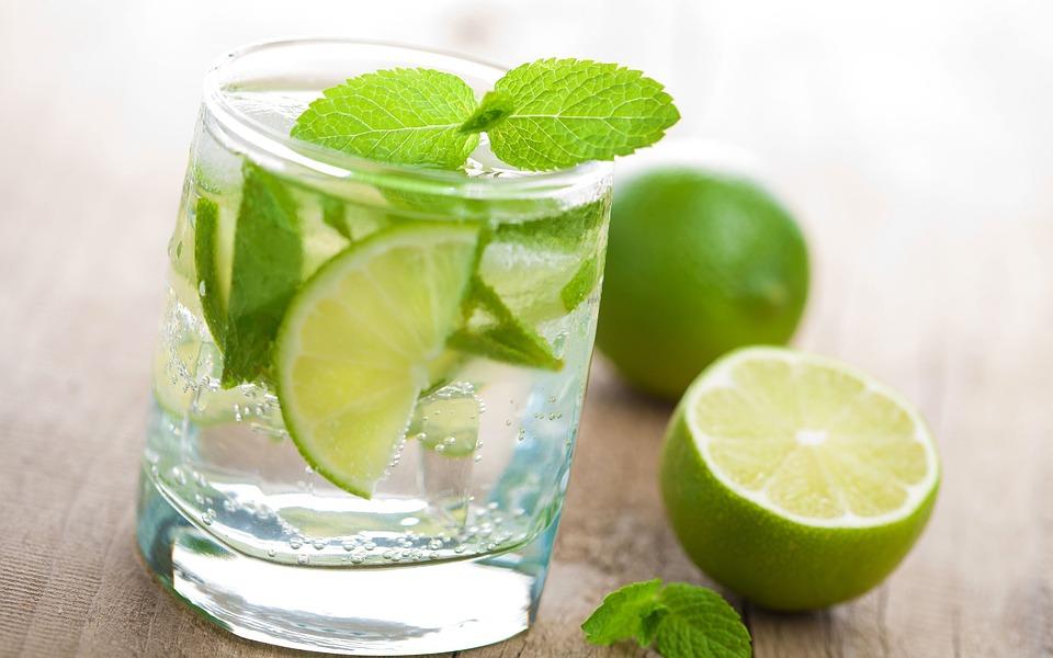15 Manfaat Jika Rajin Minum Air Jeruk Nipis Untuk Kesehatan Dan Kecantikan Wajah