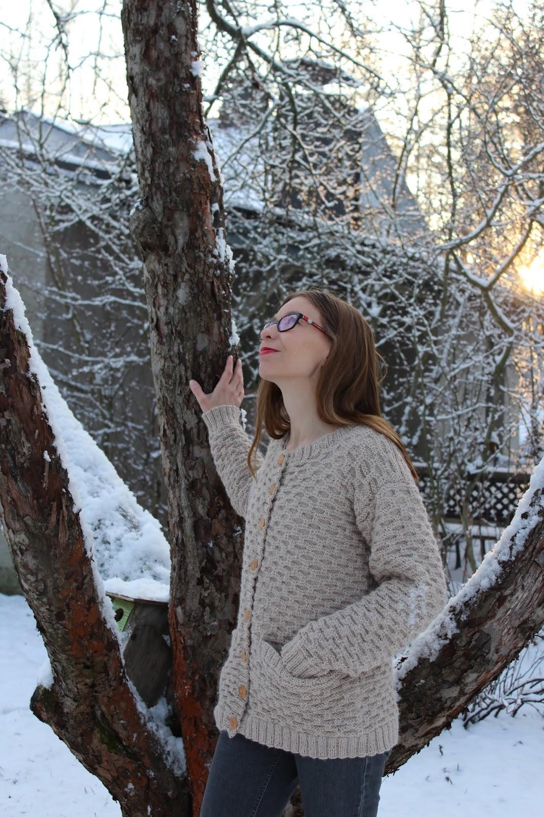 9064fe8f650 Vuodenaika-haaste  Talvi  Alpaca-villatakki