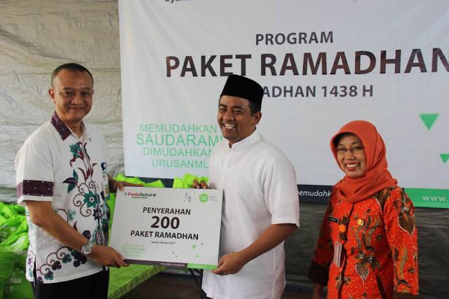 Bersama PDSB, IZI Bagikan 300 Paket Ramadhan