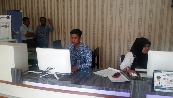 Jurus DPMPTP Padangpariaman Lenyapkan Pungli dalam Proses Perizinan