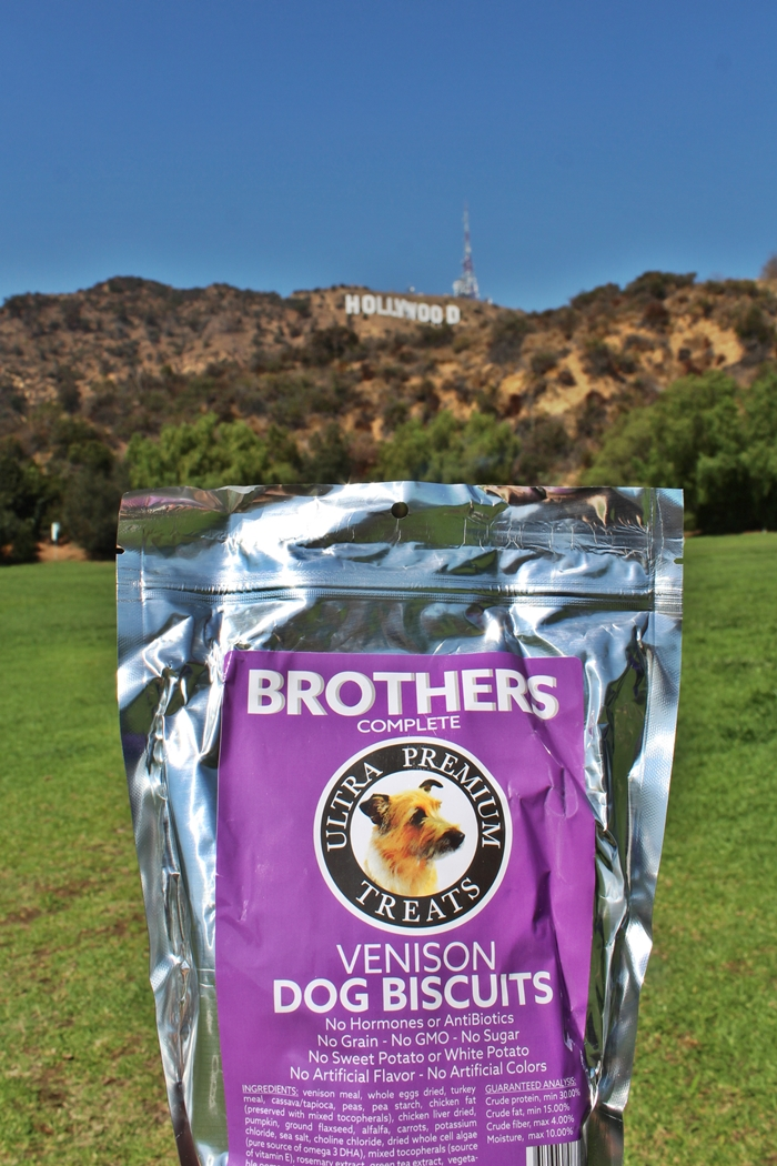BROTHERS COMPLETE ULTRA PREMIUM DOG BISCUITS REVIEW