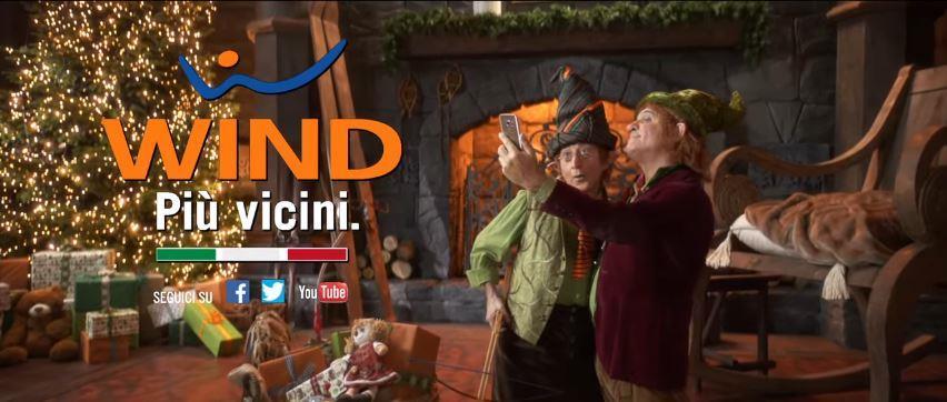 Canzone Wind pubblicità All Inclusive Christmas Edition con Babbo natale e folletti - Musica spot Novembre 2016