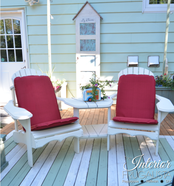 How to turn inexpensive outdoor chair cushions from drab to fab in less ten minutes into lovely one-of-a-kind cottage style with birdhouse stencils.