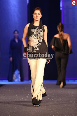 Sapphire-collection-totem-at-pfdc-sunsilk-fashion-week-2017-7