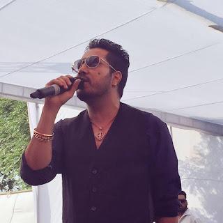 Mika singh new songs, age, wife, download, mp3, 2016 list, billo mika singh, singer, movie, photo, family, concert, marriage, birthday, party, date of birth, house, farmhouse,